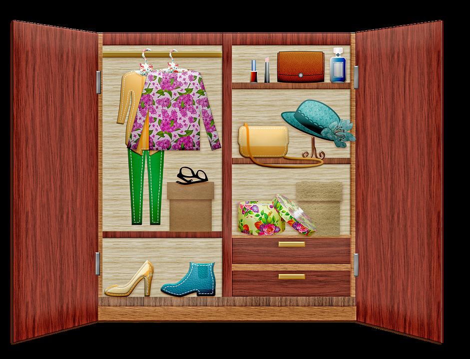 Plná skříň