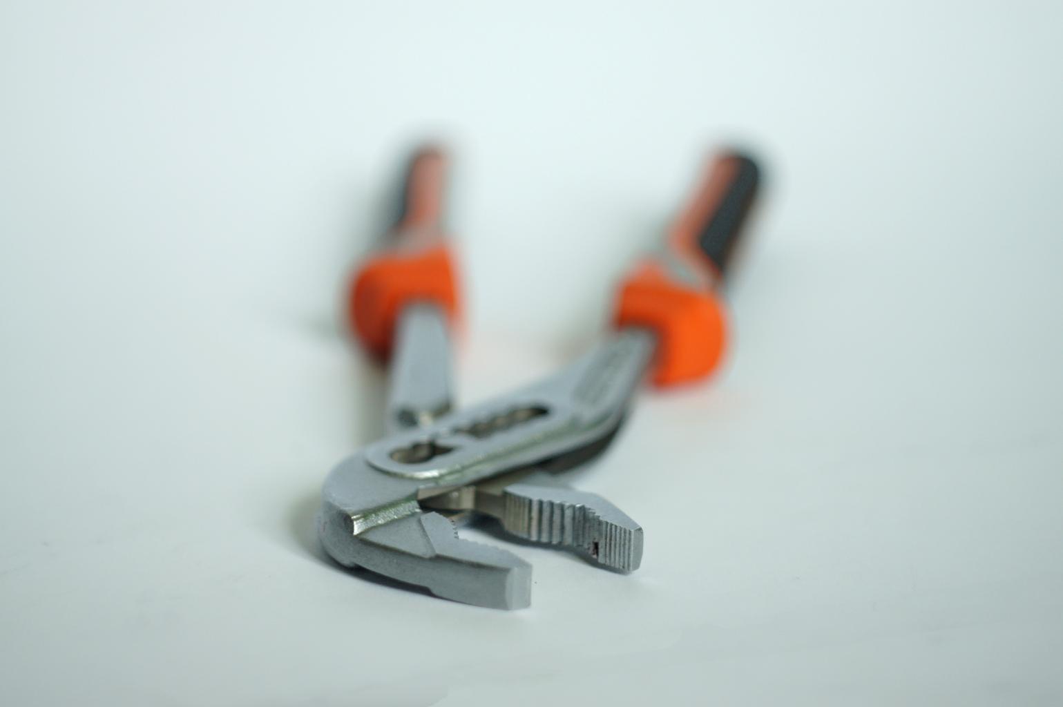 kleštˇový klíč