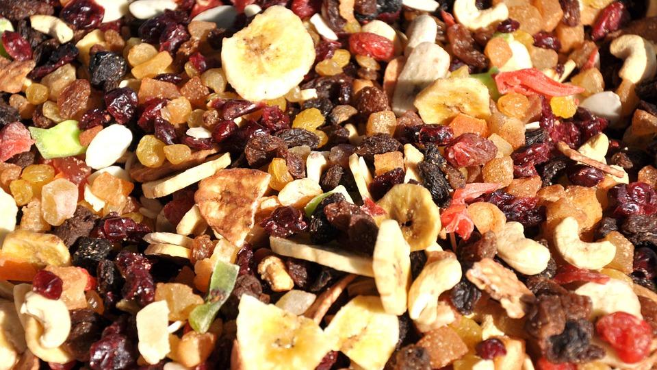 směs sušeného ovoce
